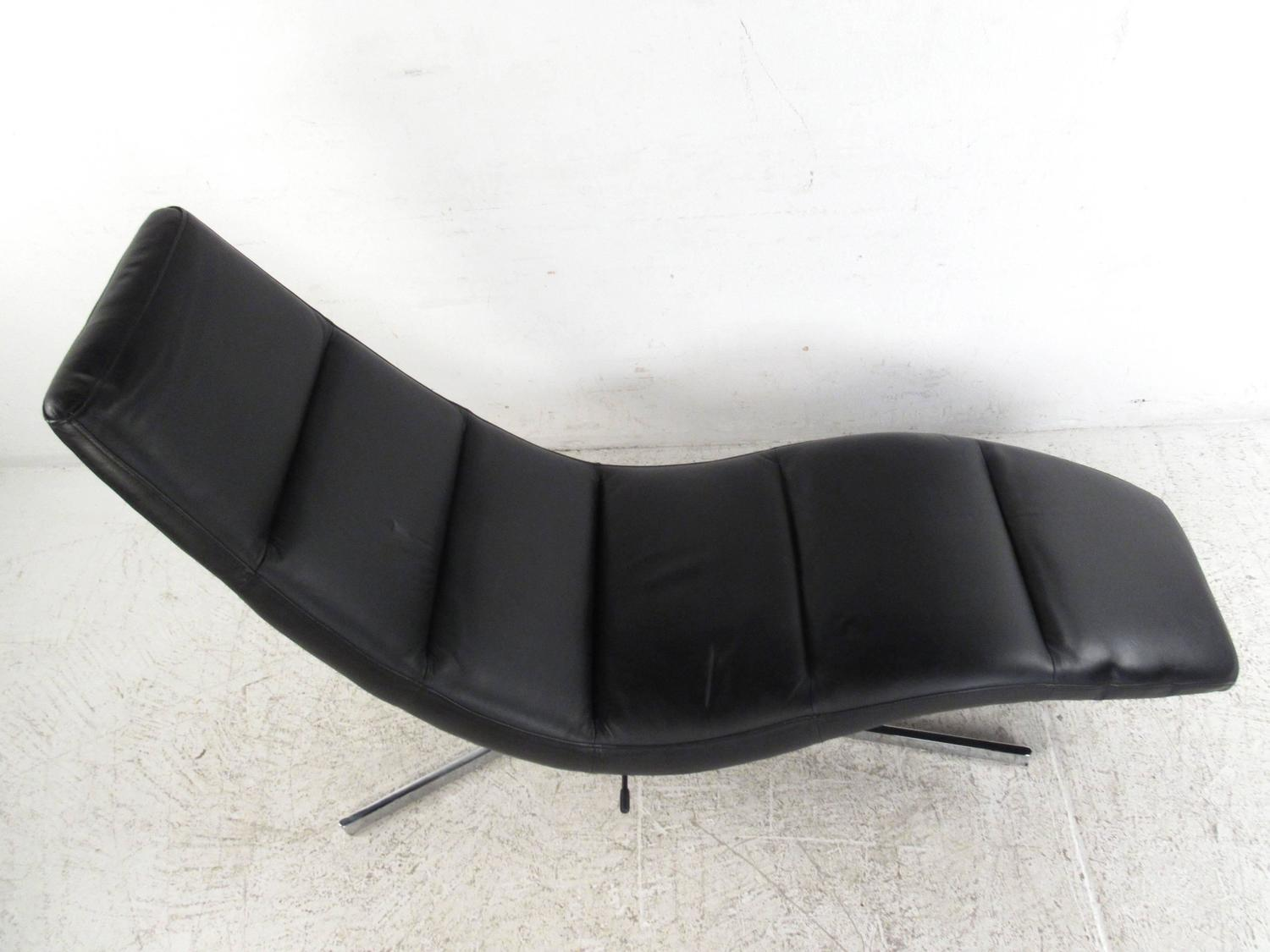 swivel chaise lounge chair white leather chairs for sale danish modern
