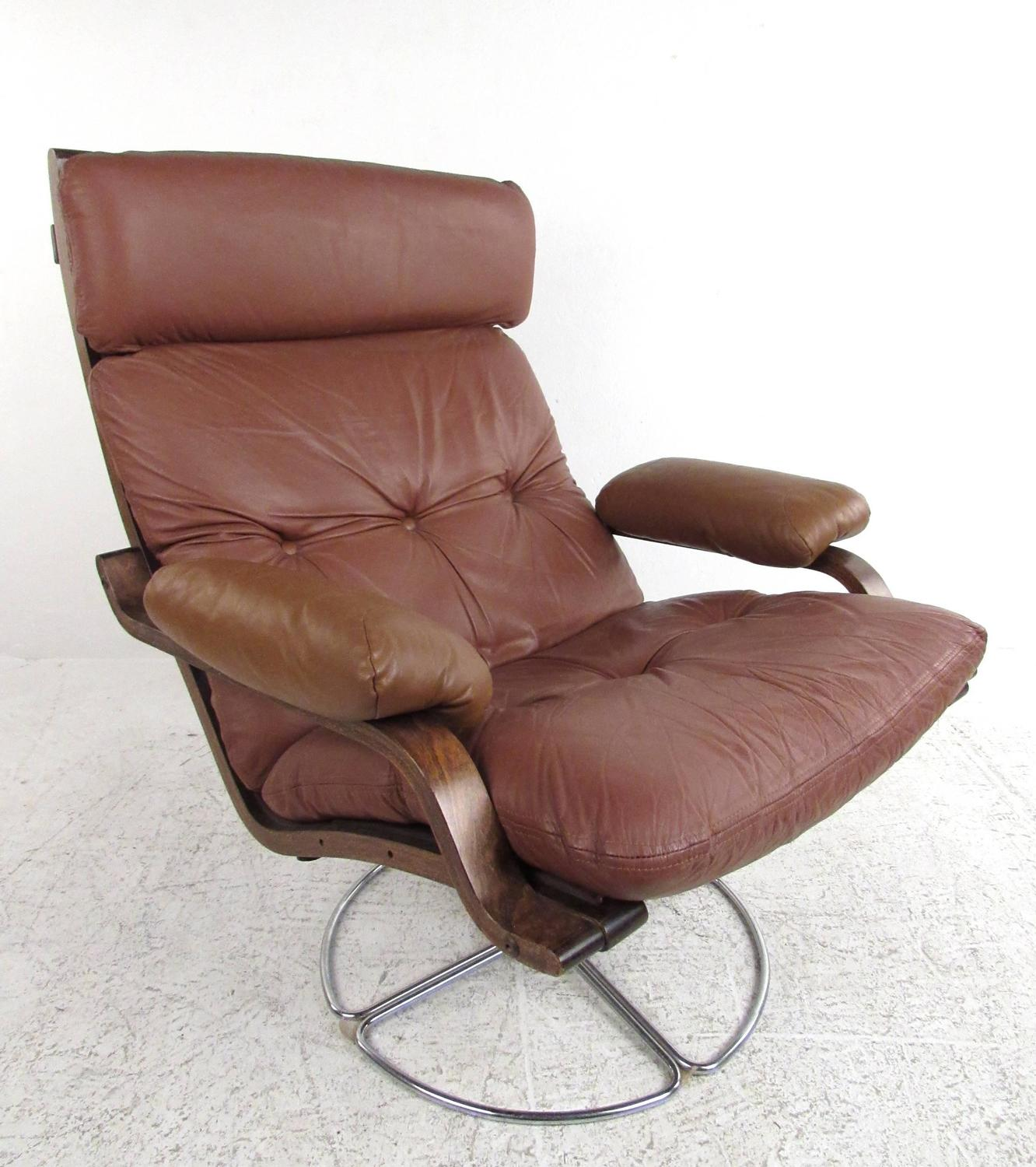 swivel club chair with ottoman harley davidson camping chairs vintage leather westnofa style lounge