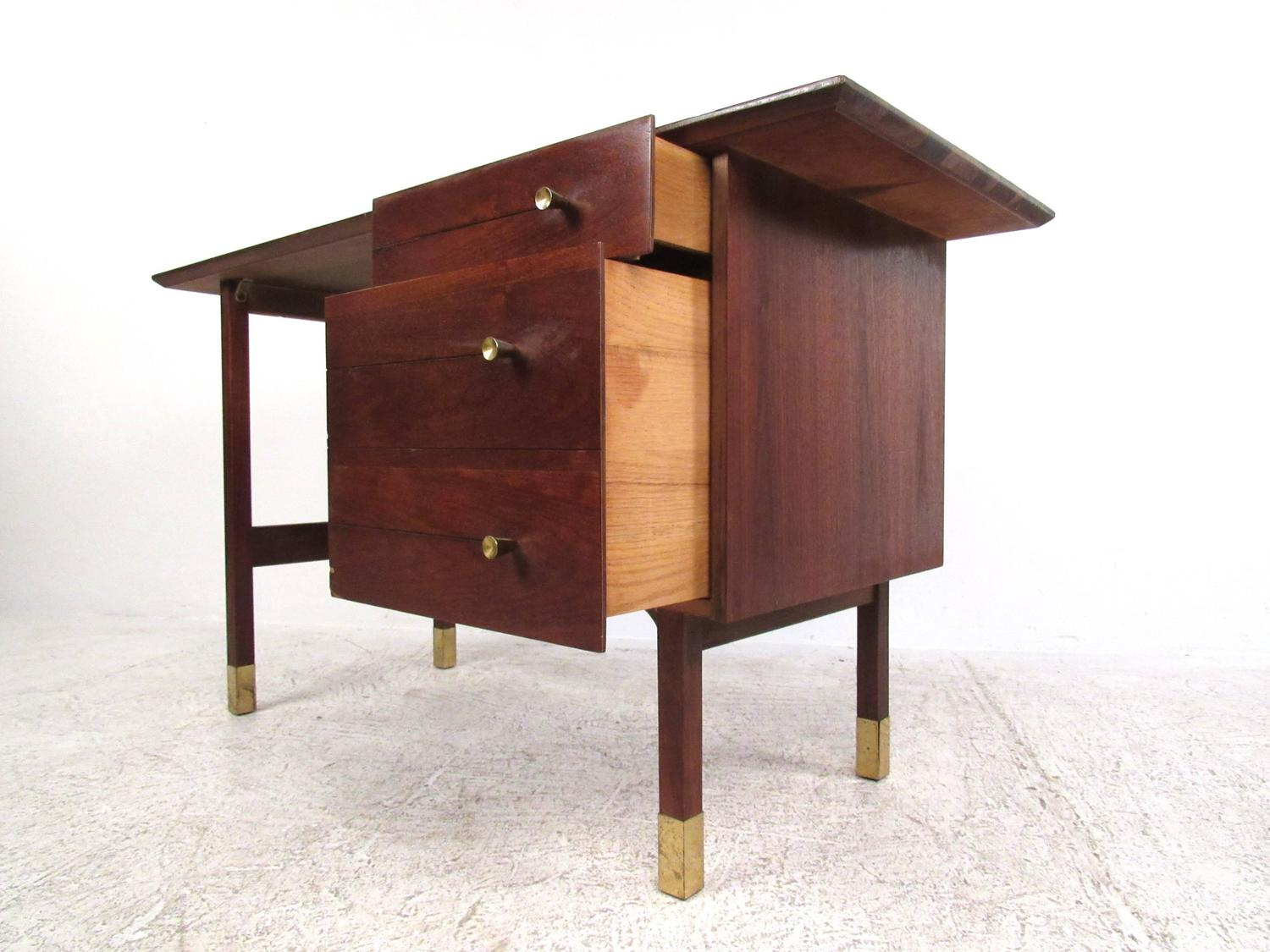 Mid Century Modern Writing Desk For Sale At 1stdibs