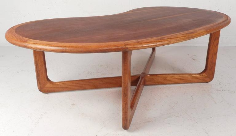 Mid-Century Modern Kidney Shaped Coffee Table By Lane