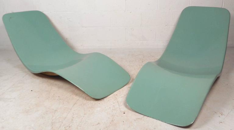 adrian pearsall lounge chair antique morris chairs mid-century modern fiberglass pool chaise lounges by charles zublena at 1stdibs