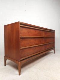 Mid-Century Modern Dresser Set by Lane Furniture For Sale ...