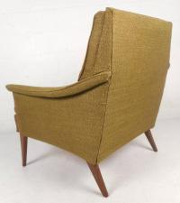 Mid-Century Modern Tufted Lounge Chair by Kroehler Mfg Co ...