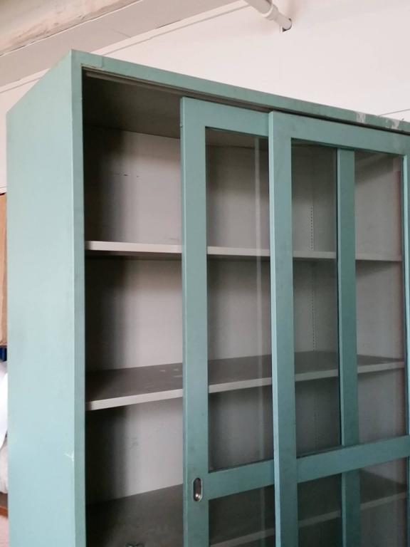 Steel Medical Dental Lab Cabinet Sliding Doors and