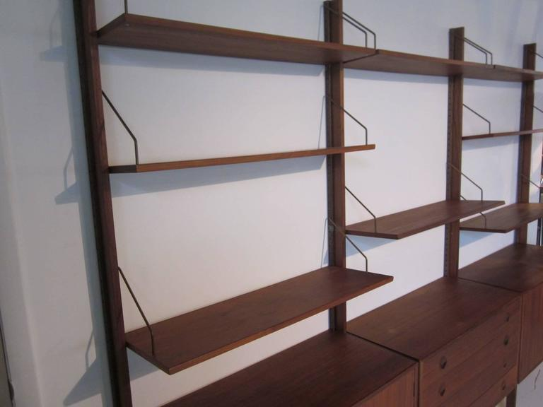 Self Standing Cado Wall System By Poul Cadovius At 1stdibs