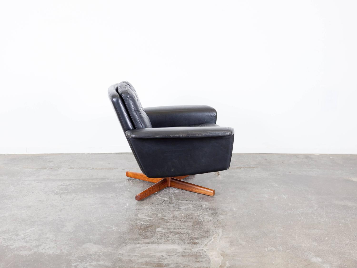 black leather swivel lounge chair folding design history mid century for sale at