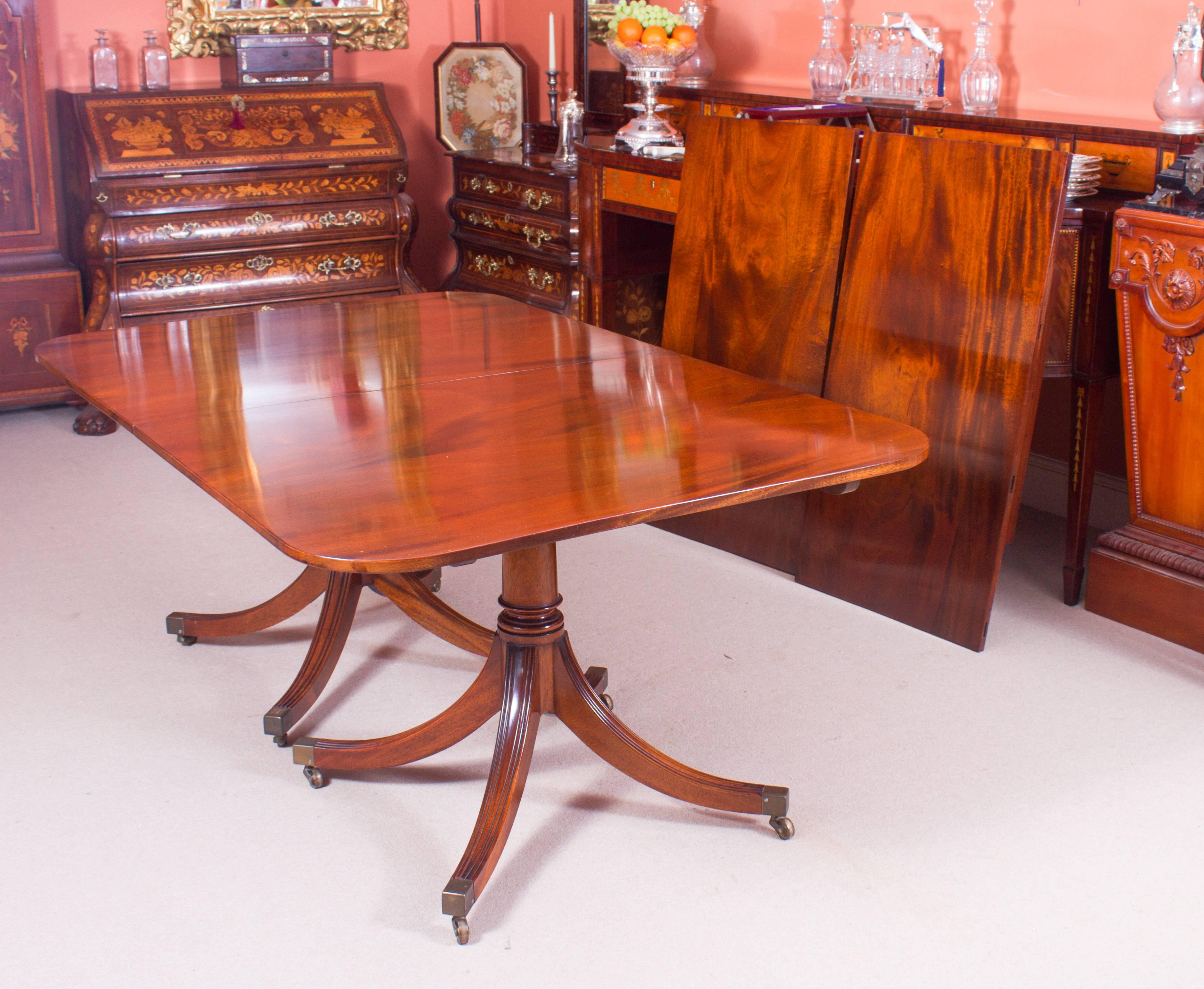 Vintage William Tillman Regency Dining Table And Ten