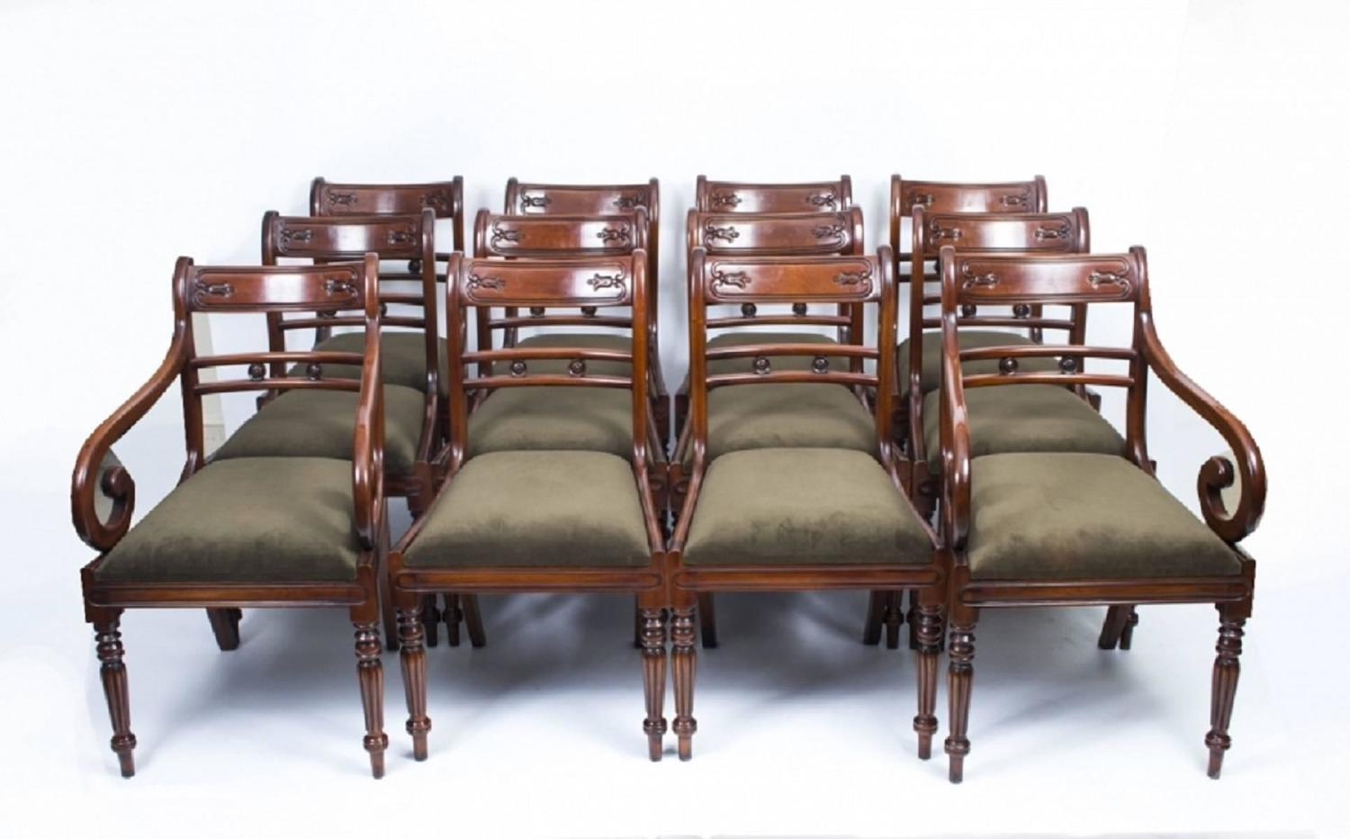 12 Chairs Antique William Iv Mahogany Extending Dining Table And 12