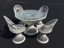 Mid-century Modern Russell Woodard Spun Fiberglass Table