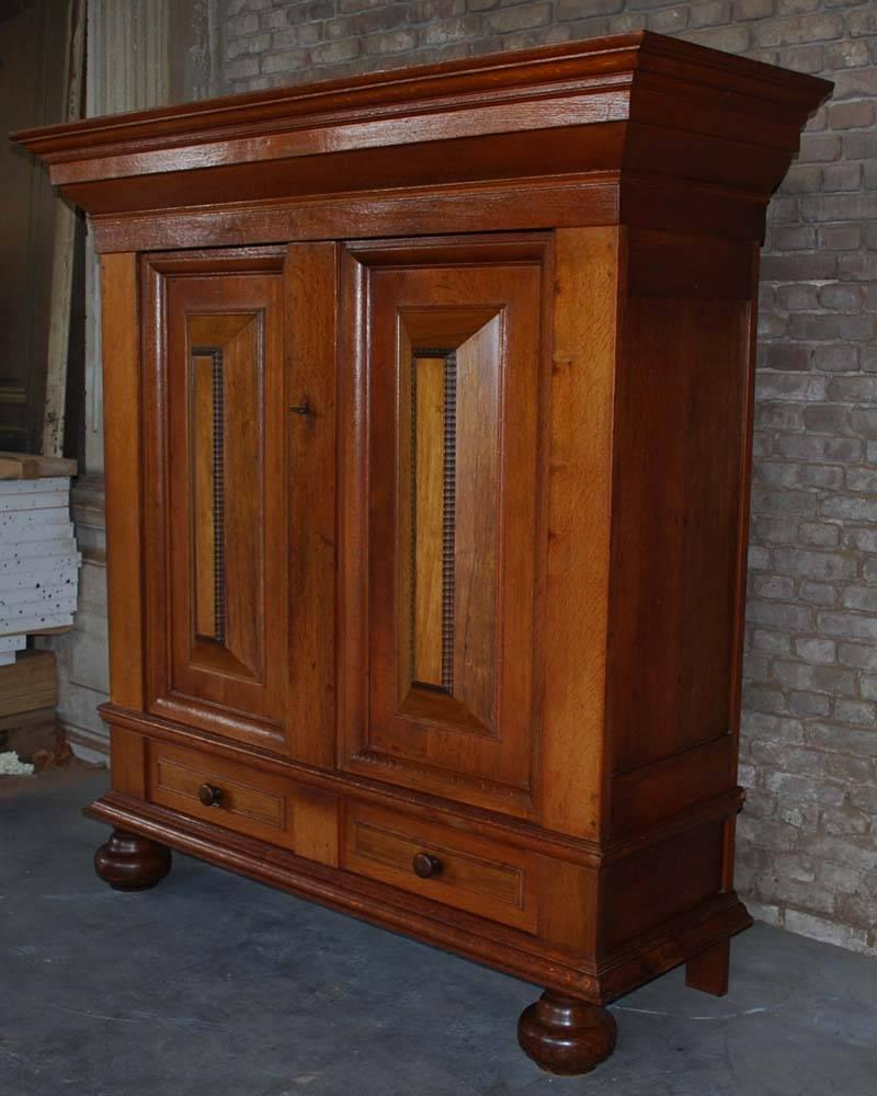 19th Century Dutch Oakwood Cabinet For Sale at 1stdibs