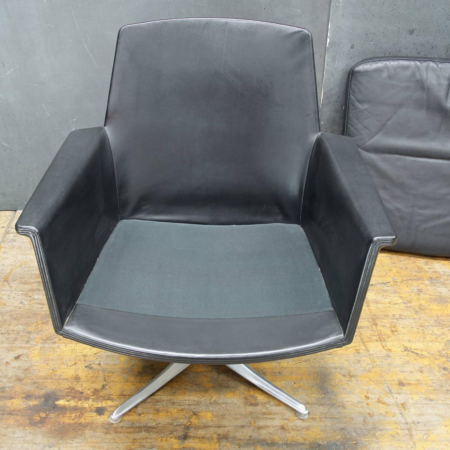 black leather swivel lounge chair office chairs without wheels by horst bruning for cor
