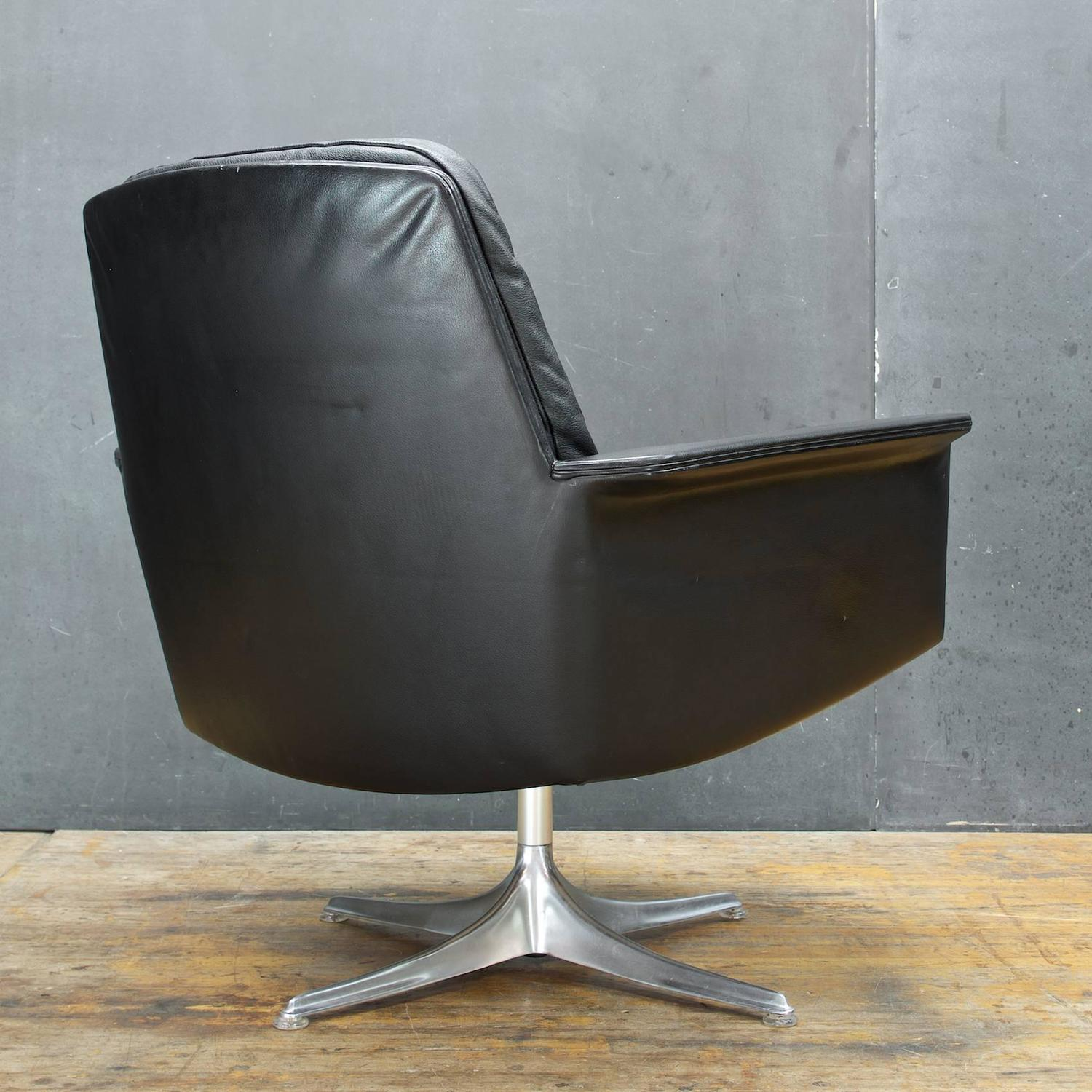 black leather swivel lounge chair green velvet by horst bruning for cor