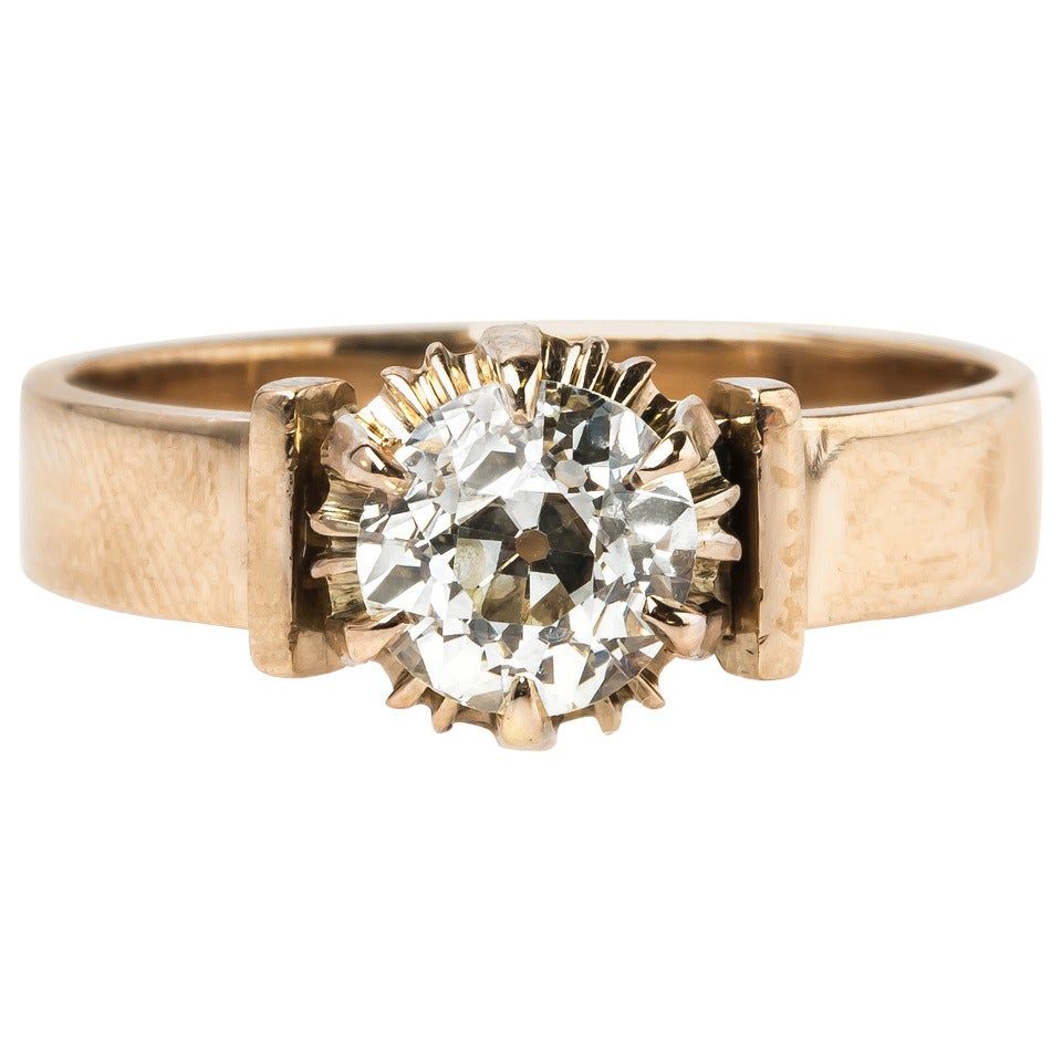 Charming Victorian Solitaire Ring With Warm Tone Diamond