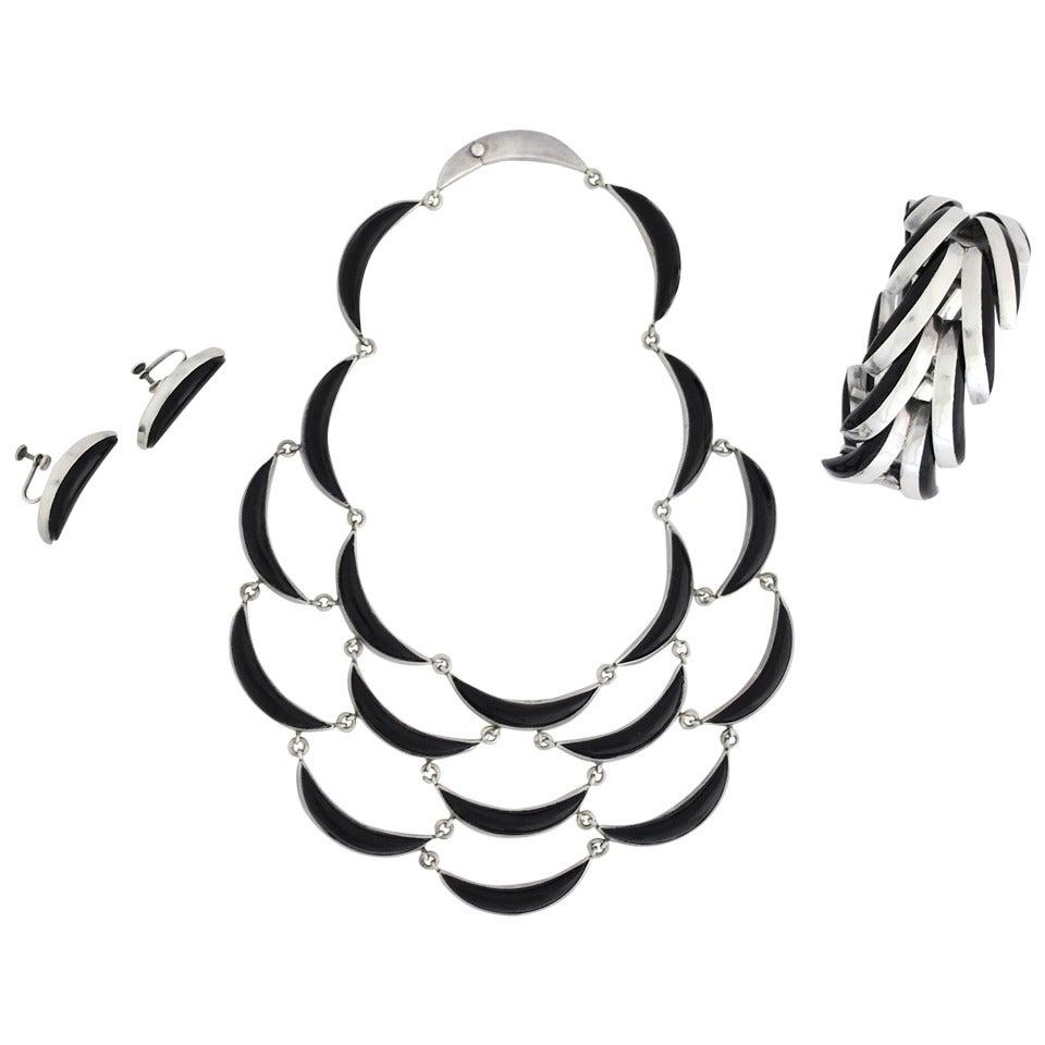 Antonio Pineda .970 Silver Crescent Motif Necklace