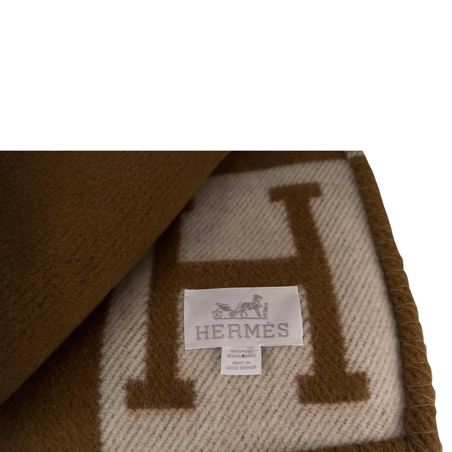 Hermes Avalon Blanket Ecru Camel H 2016 At 1stdibs