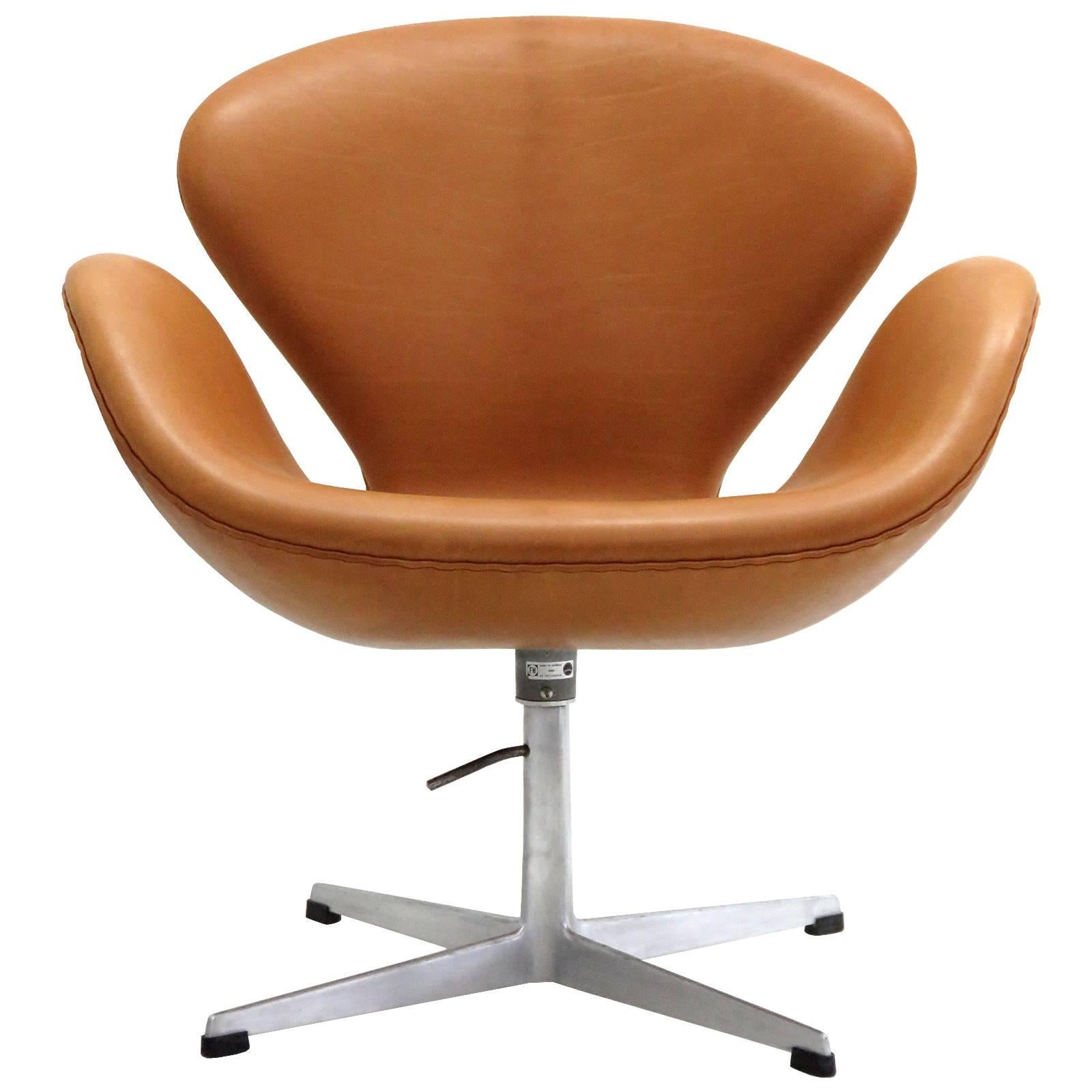 arne jacobsen swan chair material for chairs to recover model 3320 sale at 1stdibs