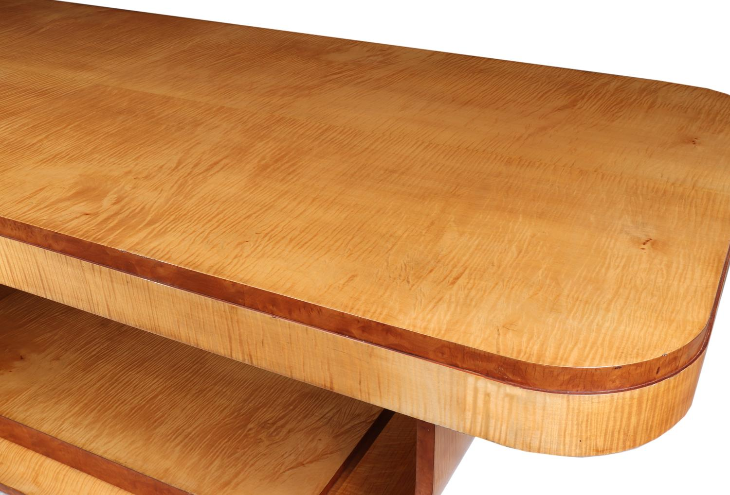 Sycamore Wood Table