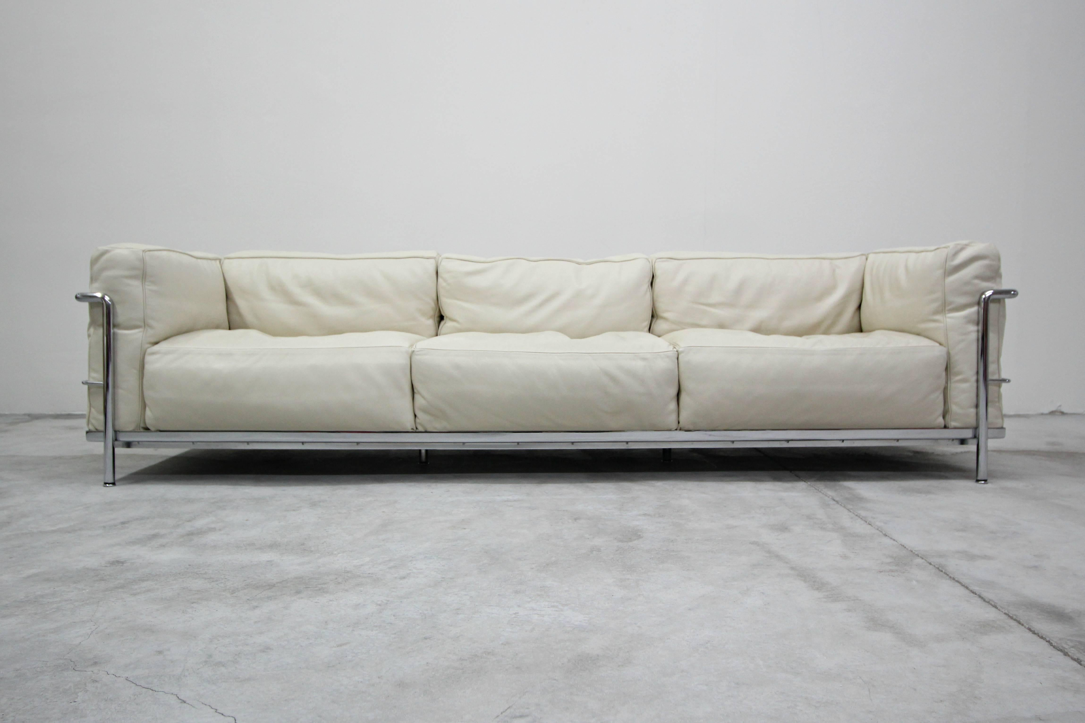 lc3 sofa love your leeds authentic pair of cassina grand modele three seat sofas by le corbusier for sale