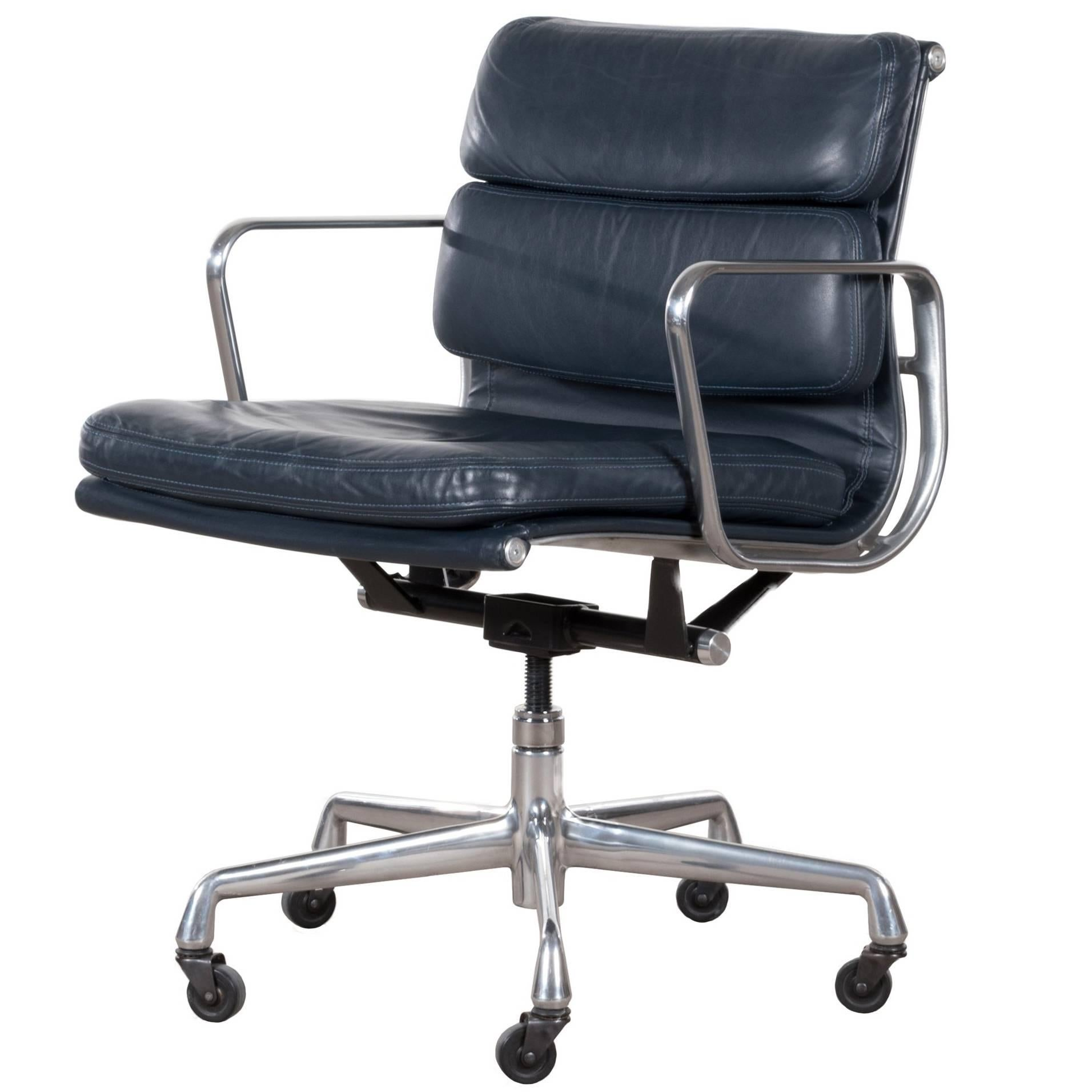 blue leather office chair 2 seater eames ea435 dark management soft pad by herman miller at 1stdibs