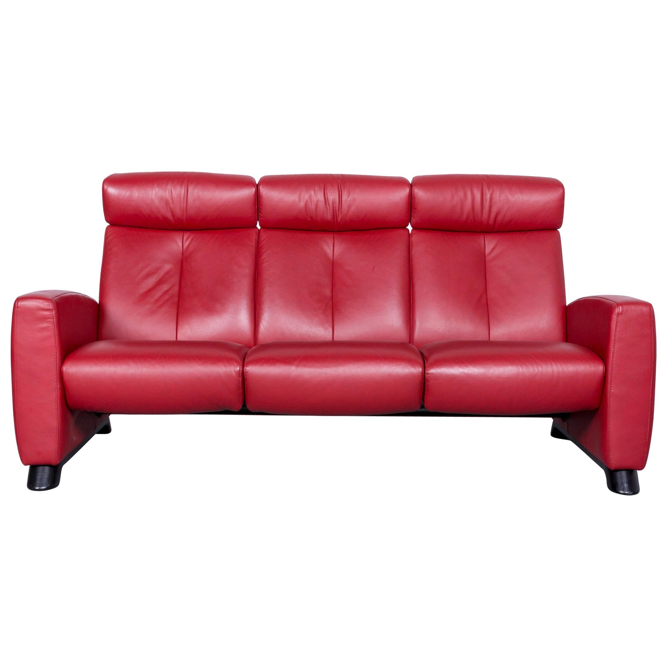 red leather two seater sofa foam cushions density ekornes stressless relax tv recliner seat for sale at 1stdibs