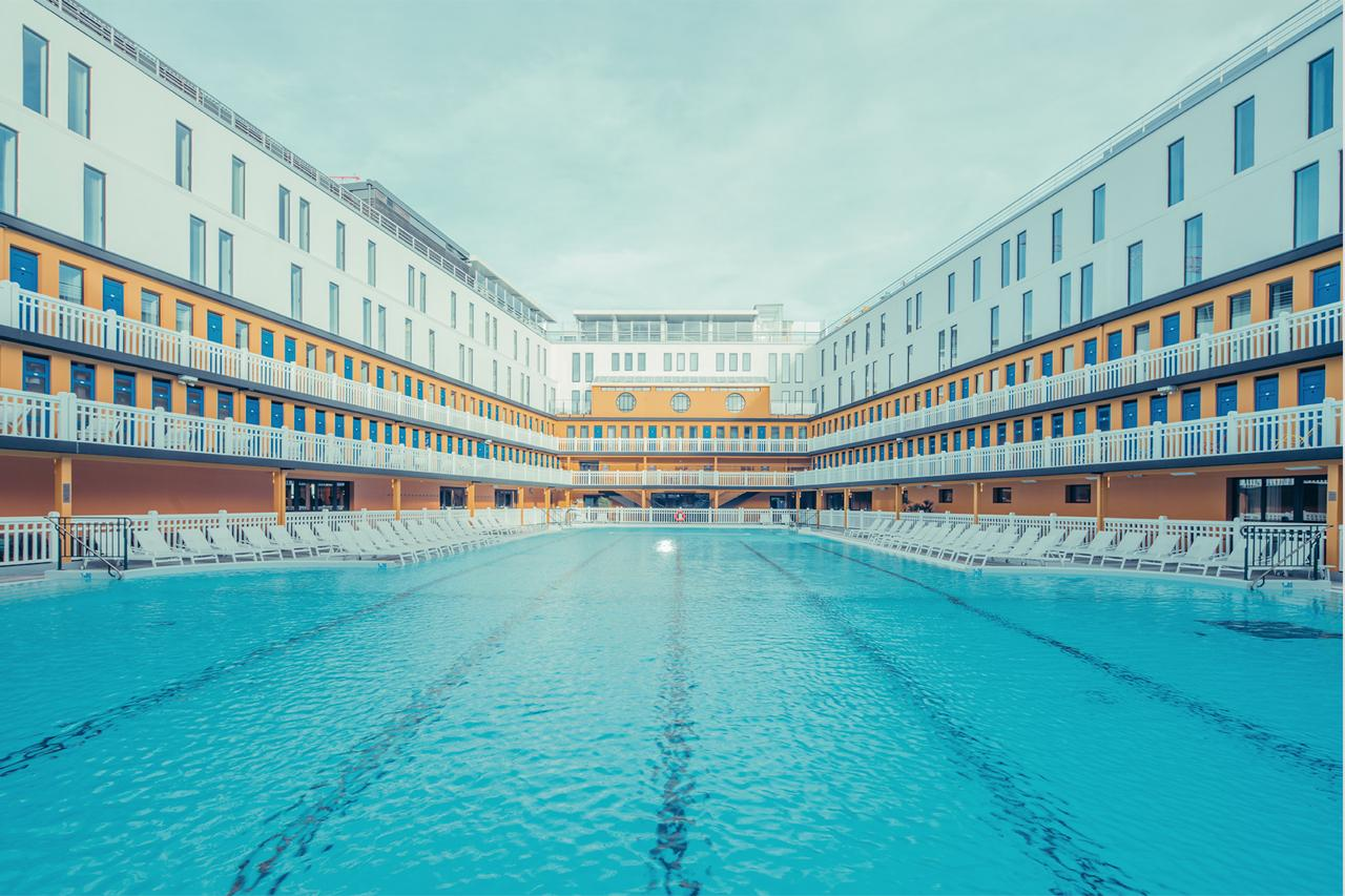 Piscine Pontoise Fitness Franck Bohbot Piscine Molitor 2 Paris France Photograph For