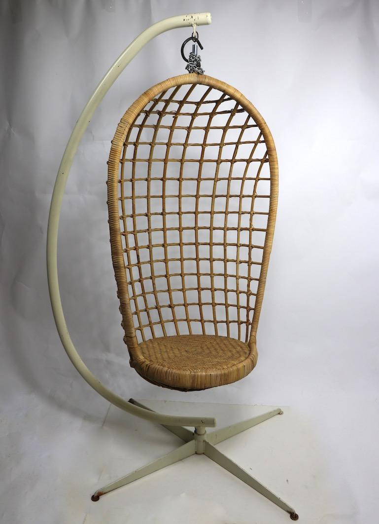 Egg Wicker Chair Hanging Wicker Pod Chair With Original Metal Stand