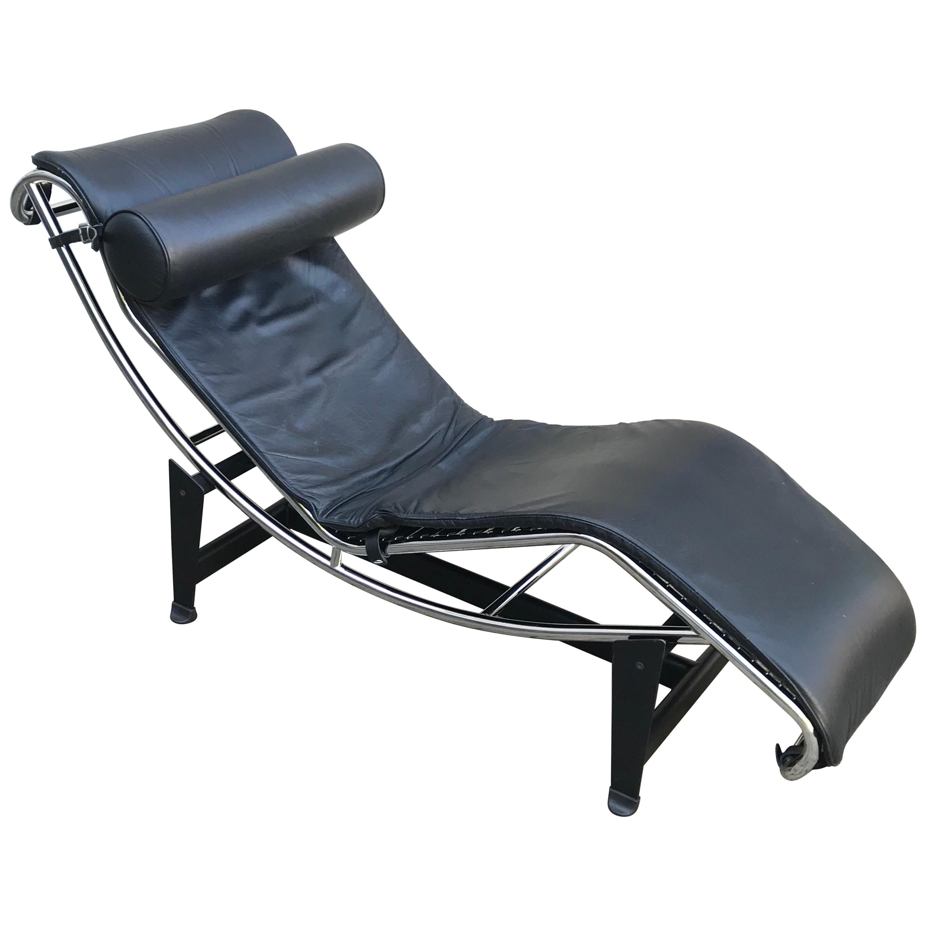 le corbusier lc4 black leather chaise lounge chair late 20th century italy
