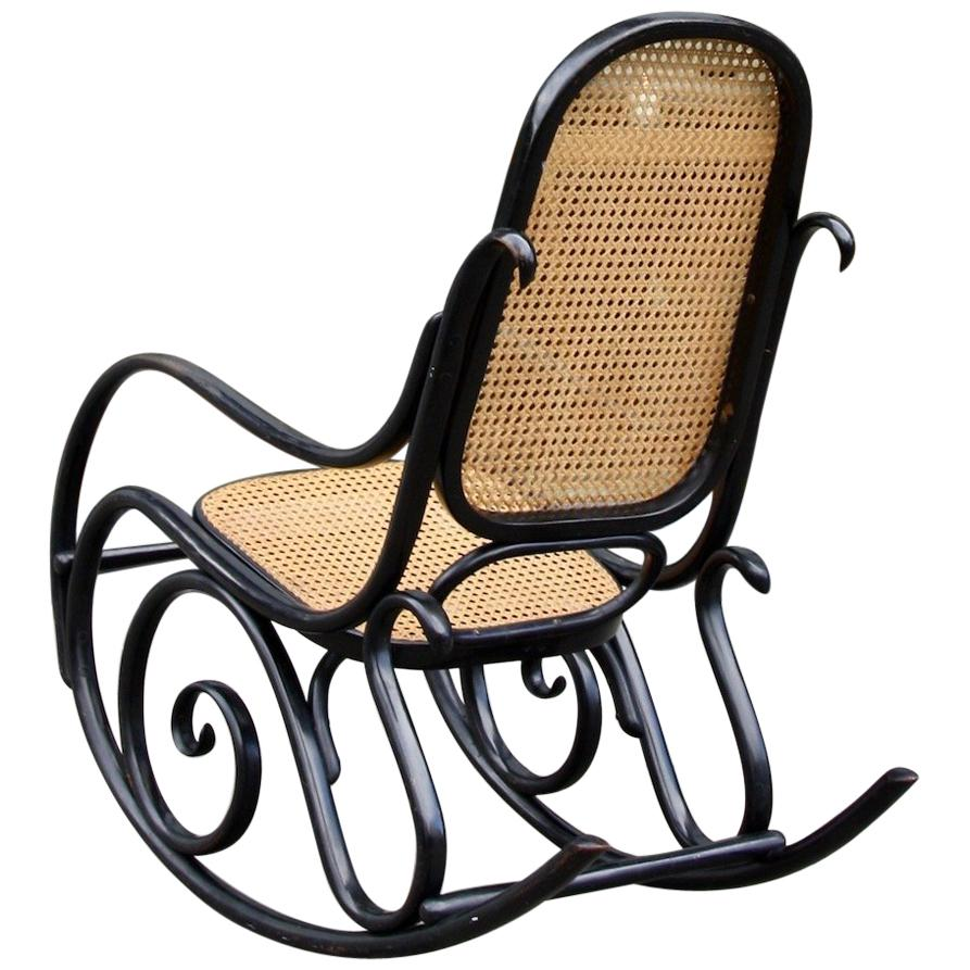 Michael Thonet Black Lacquered Model No10 Rocking Chair