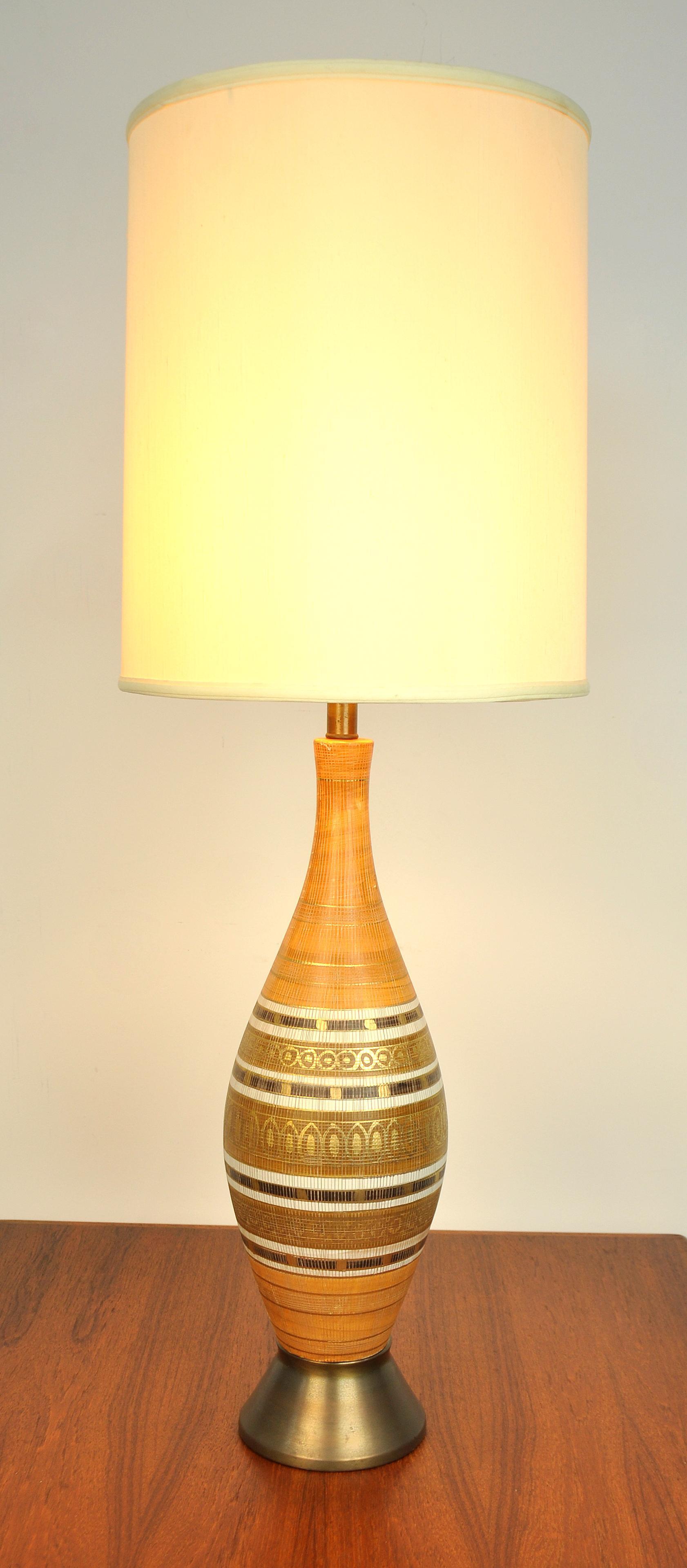 Mid Century Modern Gold And Orange Ceramic Table Lamp