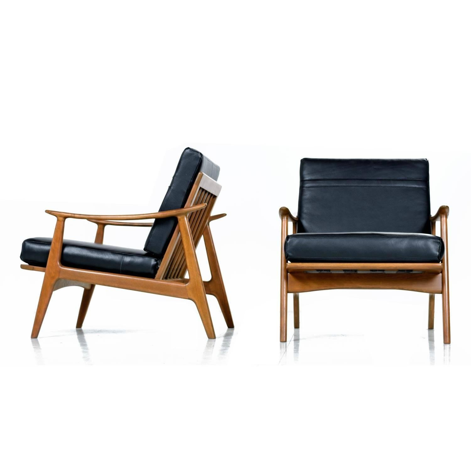 Black Leather Lounge Chair Sculpturelle Danish Lounge Chairs By Rubee Solid Beechwood Black Leather 1960s