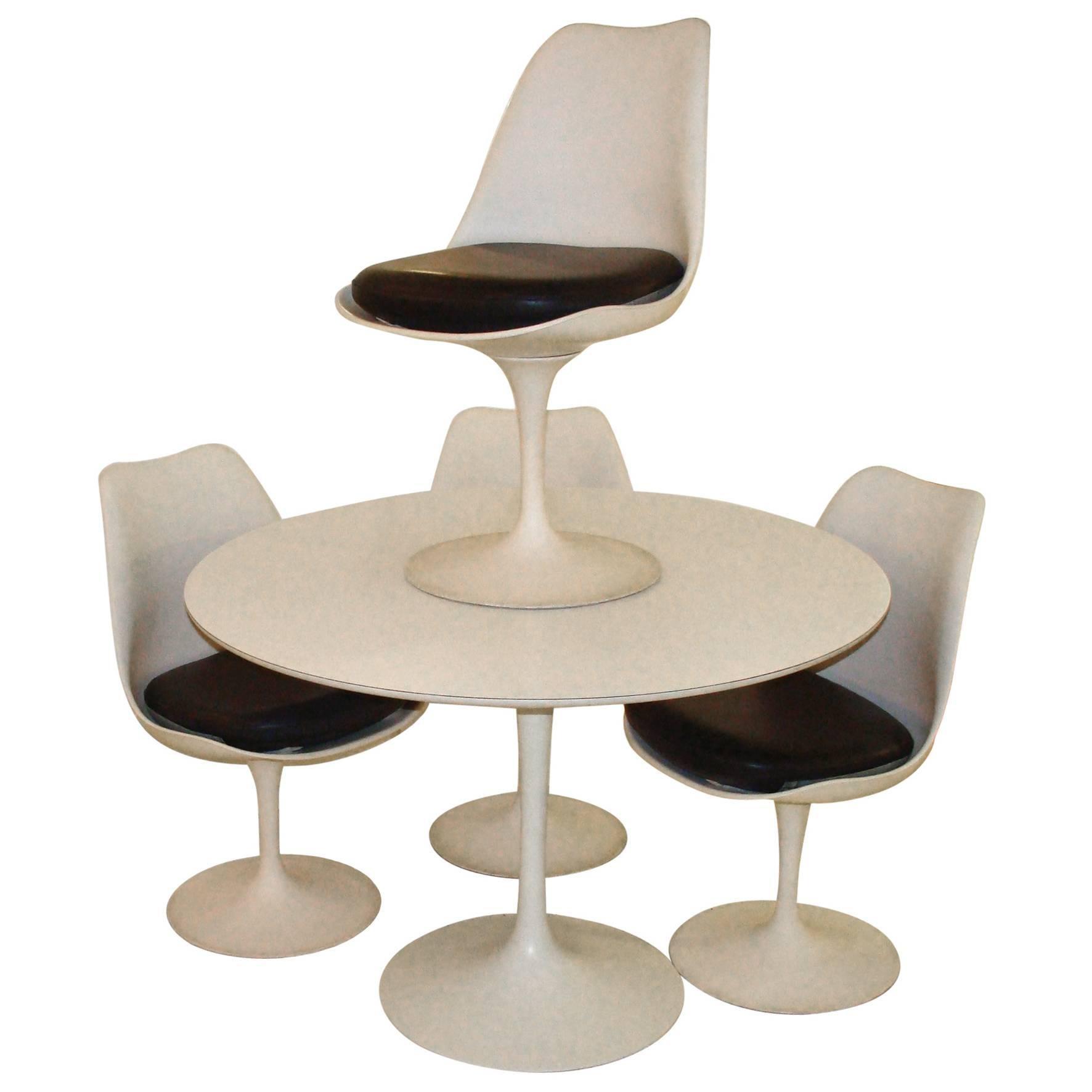 tulip table and chairs target on sale vintage knoll eero saarinen at 1stdibs for