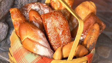 PHOTO: Country hearth breads contains azodicarbonomide.