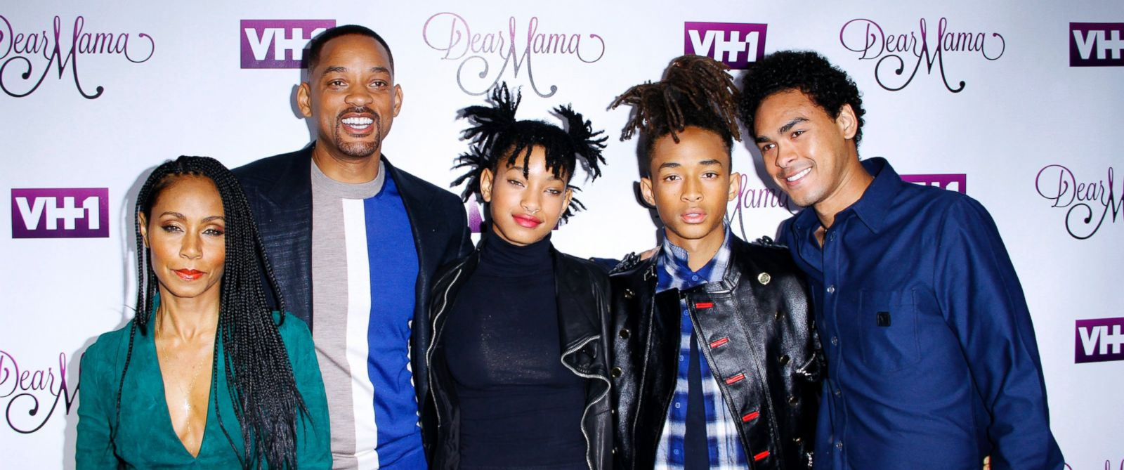 "PHOTO: Jada Pinkett Smith, Will Smith, Willow Smith, Jaden Smith and Trey Smith attend the VH1 ""Dear Mama"" taping at St. Bartholomews Church on May 3, 2016 in New York."