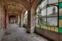 Place Abandoned Building Inside