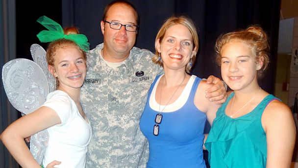 HT soldier back to school dance nt 130827 16x9 608 Soldier Surprises Daughter on Stage at Back to School Dance