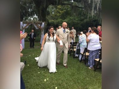 PHOTO: Jaclyn and Jonathan Summers wed Aug. 31 at Magnolia Plantation in Charleston, South Carolina.
