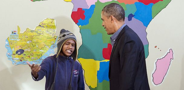 GTY barack obama aviwe mtongana jt 130630 33x16 608 Obama Advises Young Rapper to Drop The Mic