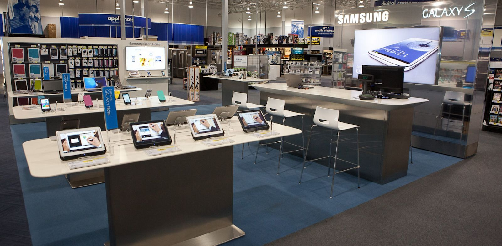 Best Buy Lets You Trade In An Old Working Cellphone For A