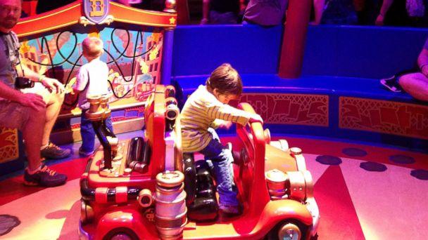 ABC disney waiting in line mar 140422 16x9 608 Disney Theme Parks Reimagining the Wait in Line