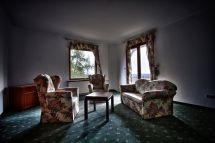 Eerie Of World' Grandest Abandoned Hotels