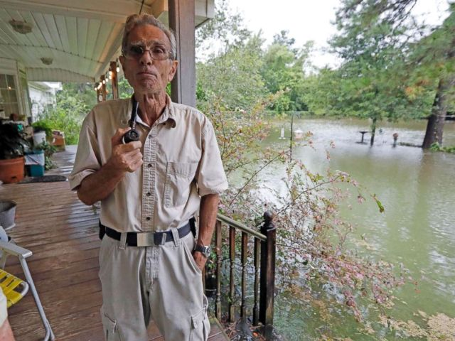 PHOTO: Jimmie Bradley speaks about the flooding in his neighborhood in Moss Bluff, a Lake Charles, La., suburb in Calcasieu Parish, Aug. 28, 2017.