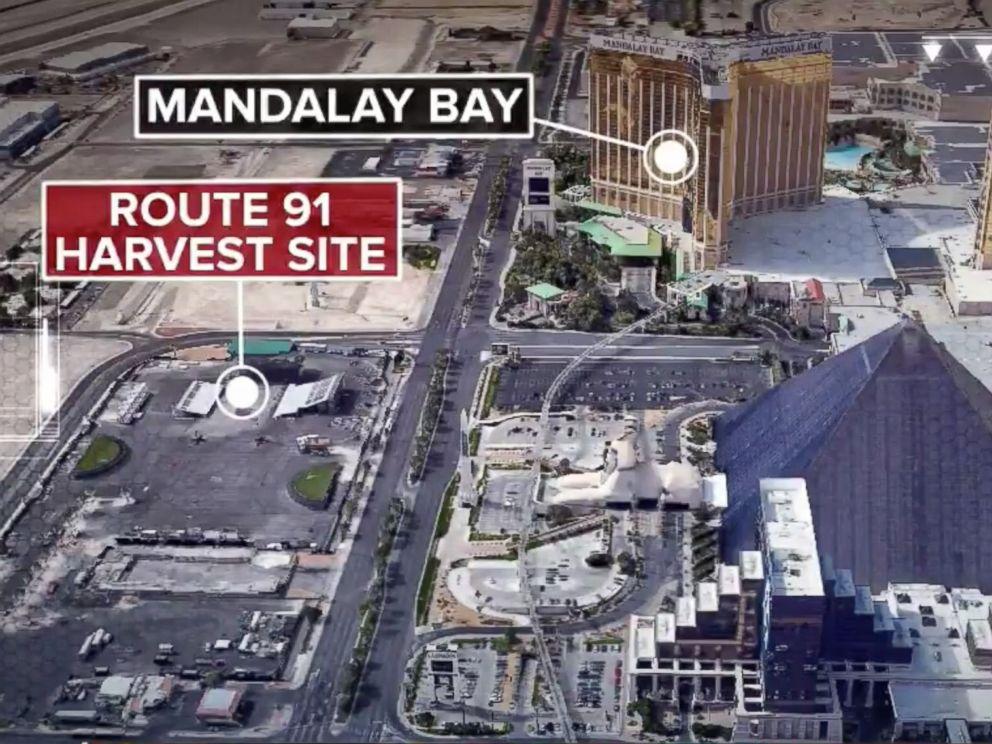 PHOTO:Las Vegas strip shooting after a gunman opens fire near Mandalay Bay casino, Oct 1, 2017.