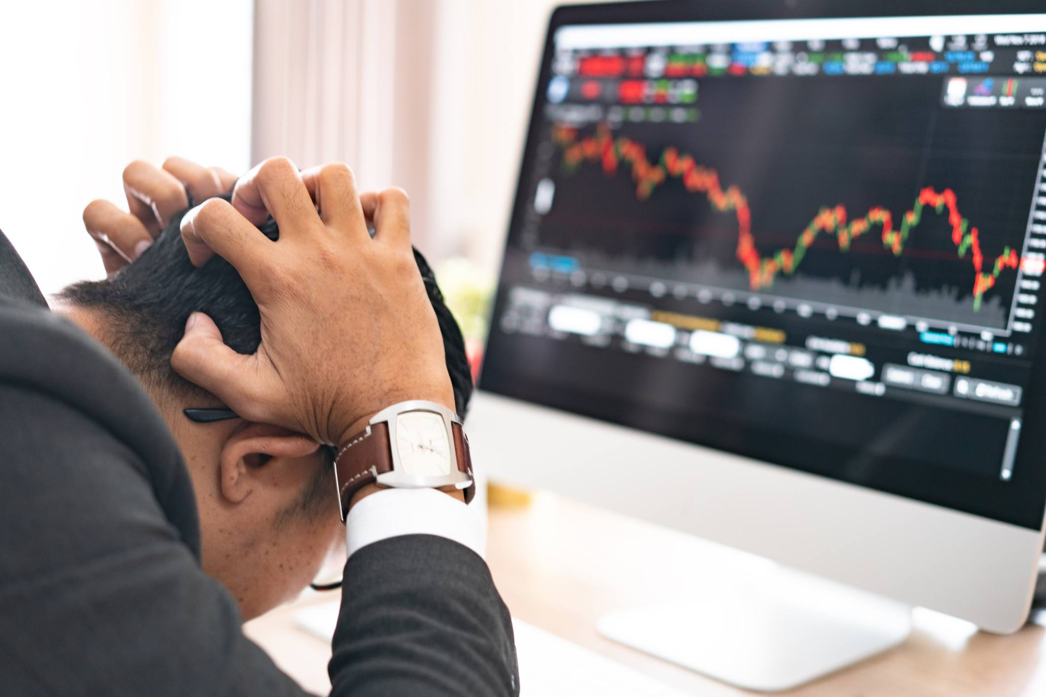 how to manage fear and greed in trading