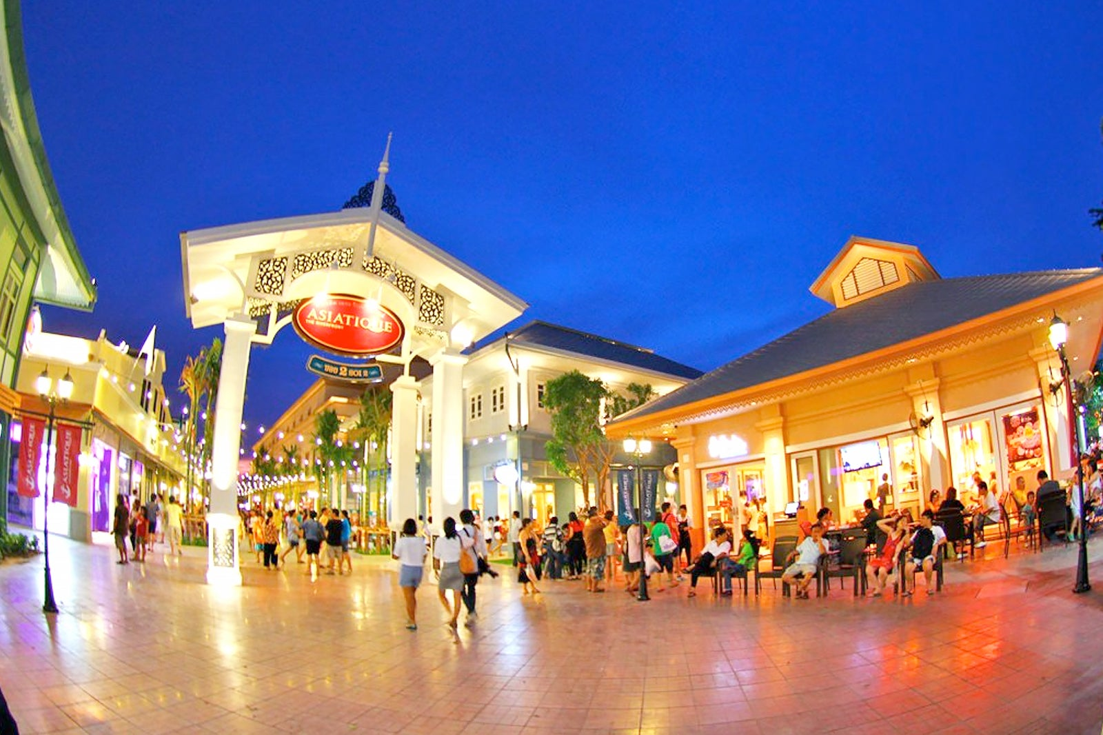 10 Best Places To Go Shopping In Riverside Bangkok Where