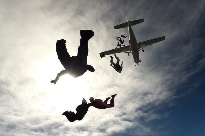 Skydiving activity in Qatar