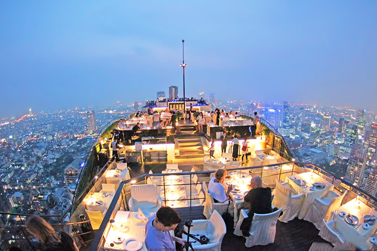 Vertigo Rooftop Restaurant Sky High Dining At Banyan Tree