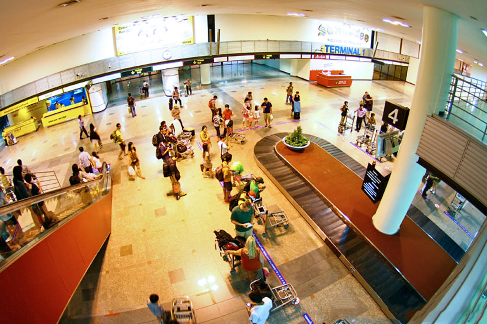 Don Meuang Airport Bangkok S 2nd International Airport