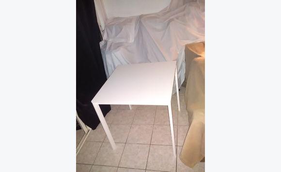 petite table carree ikea meubles et