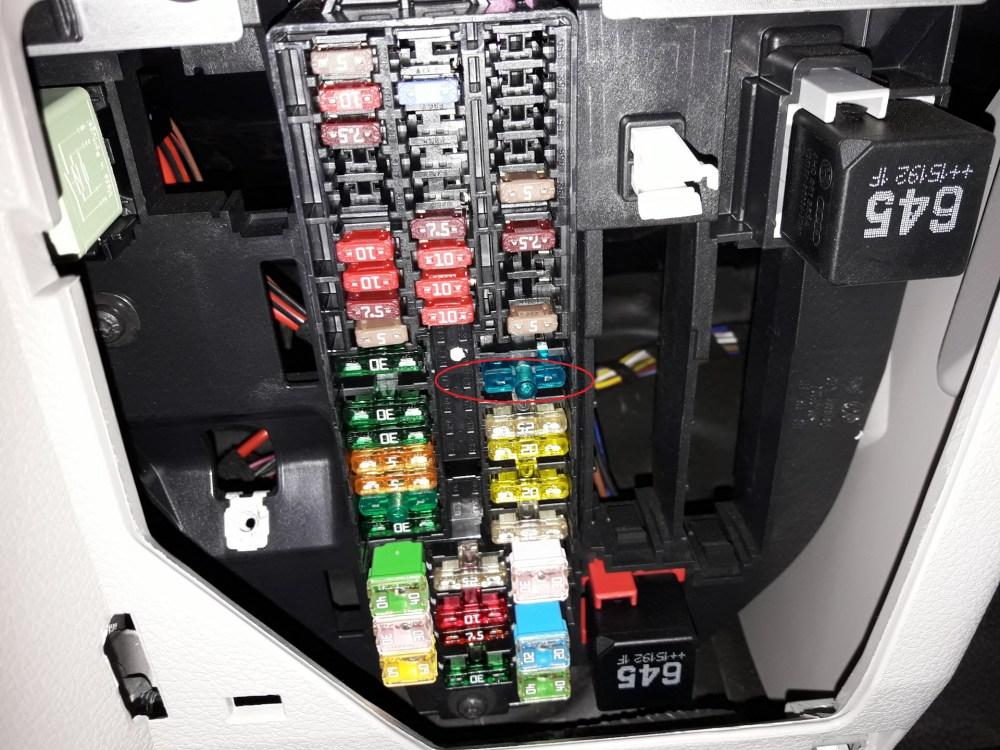 medium resolution of fuse cigarette lighter volkswagen t6 f49