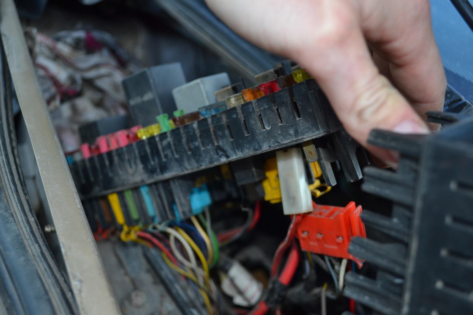 audi 80 fuse box 37ffd27 audi 80 fuse box location wiring resources  37ffd27 audi 80 fuse box location